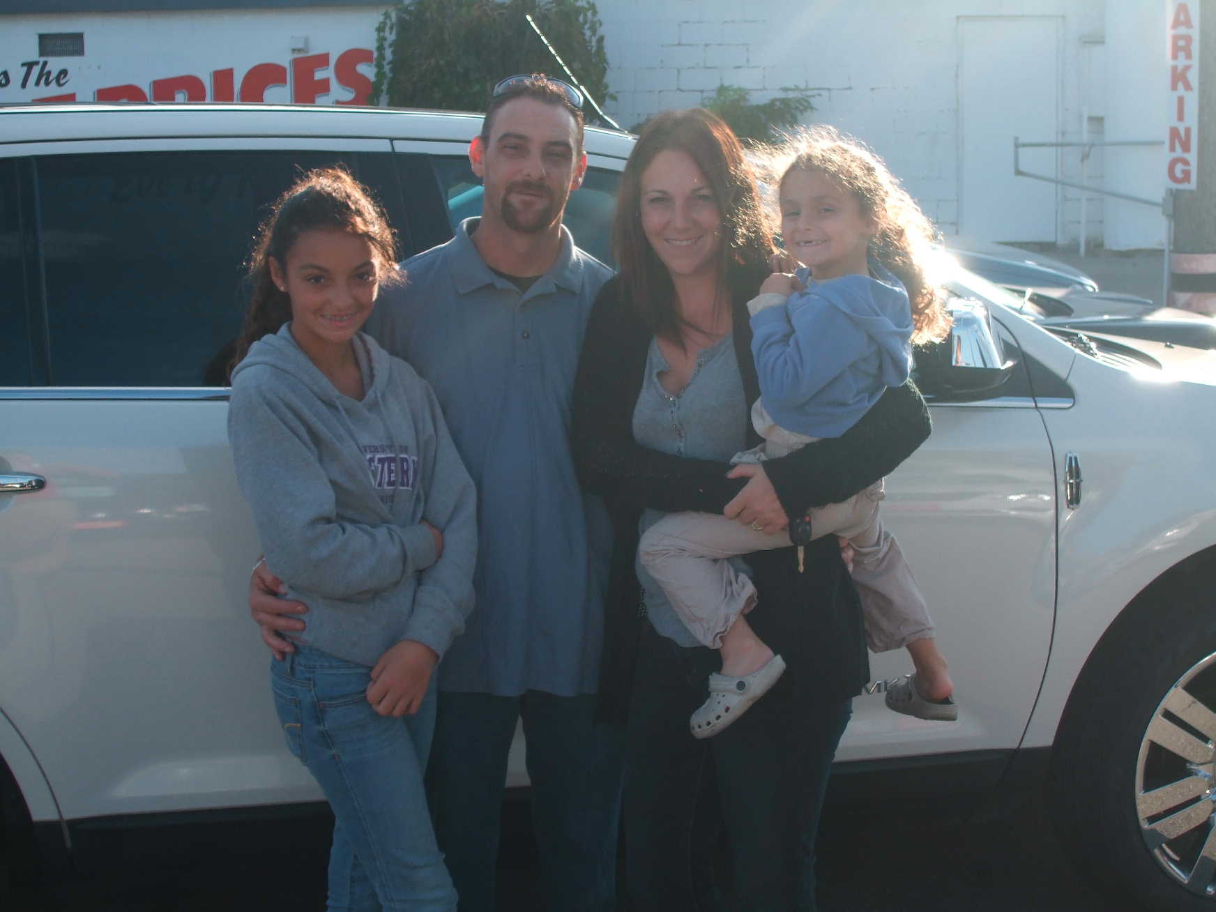 September2012.TheBrazil-JonesFamily.Courtice.2008LincolnMKX